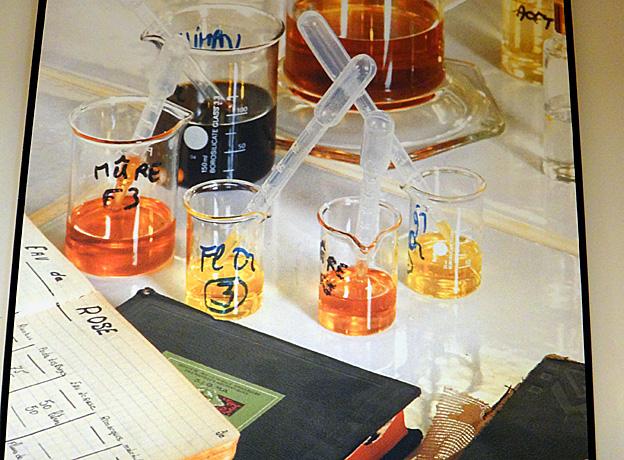 Grasse usine Fragonard assembler un parfum