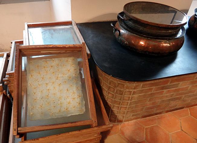 Grasse usine Fragonard enfleurage a froid