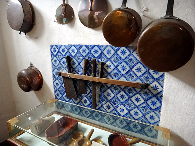 musee Fragonard cuisine casseroles