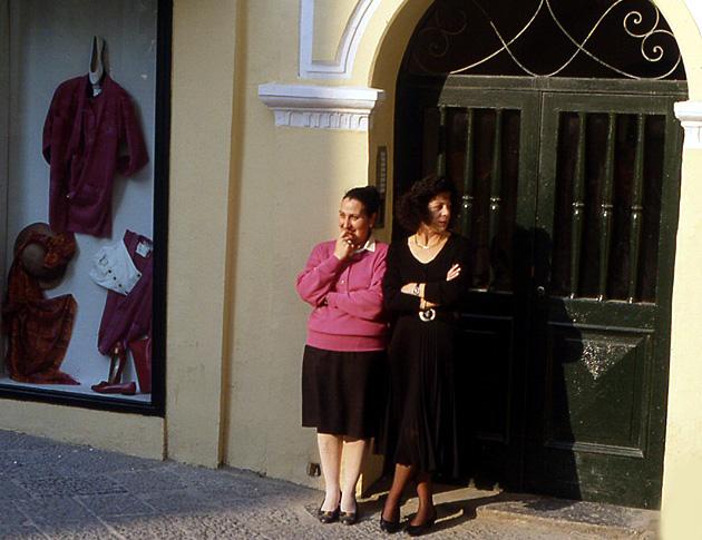 capri-femmes
