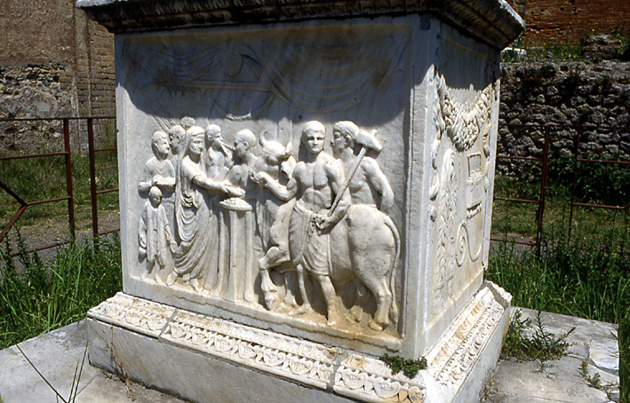 pompei-autel-de-vespasien
